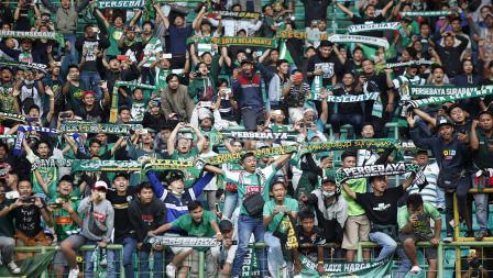 Dukungan Bonek yang menonton langsung laga Bhayangkara FC vs Persebaya Surabaya
