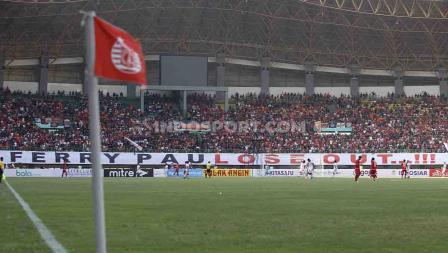 Situasi penonton laga Persija Jakata vs Badak Lampung FC dalam lanjutan Liga 1 2019 pekan ke-17.