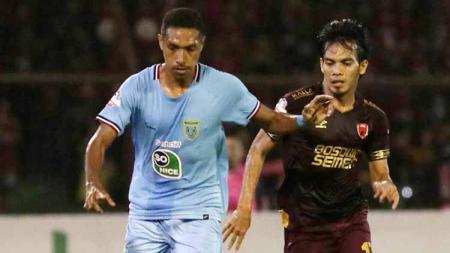 Berikut asal-usul gelandang berusia 29 tahun milik klub Liga 1 PSM Makassar, Rasyid Bakri, menyandang gelar sebagai 'Pangeran Mattoangin'. - INDOSPORT