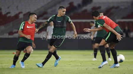 Timnas Indonesia akan melakoni laga Kualifikasi Piala Dunia 2022 menghadapi Malaysia di Stadion Utama Gelora Bung Karno, Jakarta, Kamis (05/09/19) malam ini. - INDOSPORT
