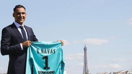 Keylor Navas resmi ke Paris Saint-Germain. - INDOSPORT