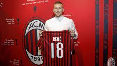 Indosport - Ante Rebic resmi ke AC Milan.