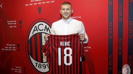 Ante Rebic resmi ke AC Milan. - INDOSPORT