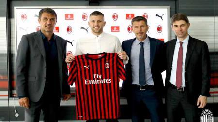 Pemain baru AC Milan, Ante Rebic.