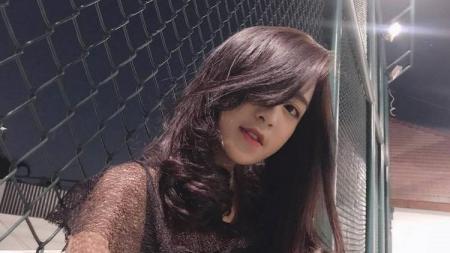 Angela Syahfira, member tim eSports JKT48, Valkyrie48. - INDOSPORT