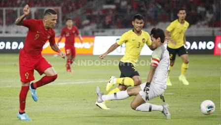 Beto Goncalves saat mencetak gol ke gawang Malaysia, Kamis (09/05/2019). Foto: Herry Ibrahim/INDOSPORT.