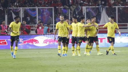 Selebrasi pemain Malaysia usai mencetak gol penyeimbang. Foto: Herry Ibrahim/INDOSPORT.