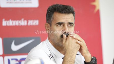 Pelatih Iran U-19, Sayed Akbar Pour Maousavi mengaku terkesima dengan kemampuan yang dimiliki Beckham Putra Nugraha di Timnas Indonesia U-19. - INDOSPORT