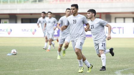 Official training Timnas Iran U-19 jelang laga uji coba melawan Timnas Indonesia U-19 di Stadion Patriot Bekasi, Jumat (06/09/19). - INDOSPORT