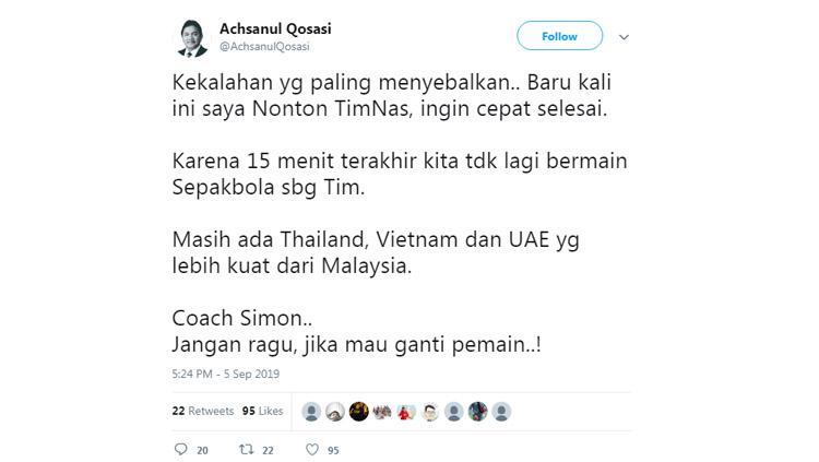 Kicauan Presiden Madura United Achsanul Qosasi pada pertandingan Timnas Indonesia vs Malaysia di babak Kualifikasi Piala Dunia 2022. Copyright: Twitter/@AchsanulQosasi
