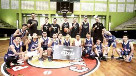Tim basket Pacific Caesar Surabaya - INDOSPORT