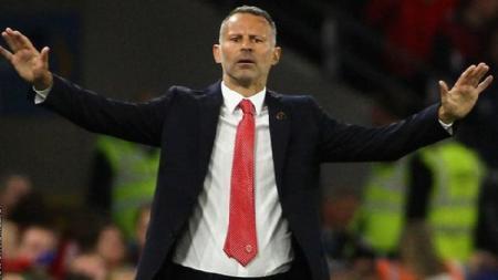 Pelatih Timnas Wales, Ryan Giggs meminta tim asuhannya bermain disiplin jelang berhadapan dengan Azerbaijan dalam kualifikasi Euro 2020, Minggu (16/11/19). - INDOSPORT