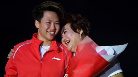 Kalahkan Lee Chong Wei, legenda bulutangkis Indonesia, Liliyana Natsir jadi pebulutangkis terbaik sedekade versi voting yang dilakukan oleh BWF. - INDOSPORT