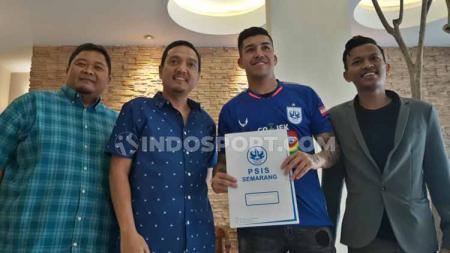 Perkenalan Jonathan Cantillana sebagai pemain baru PSIS Semarang. - INDOSPORT