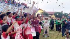 Indosport - Tim asal Solo juara Piala Menpora U-16.