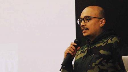 Calon Ketum PSSI Arif Putra Wicaksono berharap Presiden Joko Widodo bisa membawa perubahan dalam sepak bola Indonesia di masa kepemimpinannya yang baru. - INDOSPORT