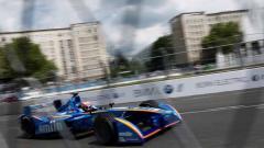 Indosport - Menilai kriterian jalan dan lokasi yang cocok jadi sirkuit Formula E di Jakarta.