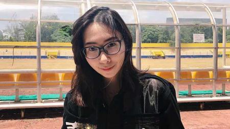 Asisten Manajer Sriwijaya FC, Mayumi Itsuwa. - INDOSPORT
