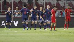 Indosport - Federasi Sepak Bola Thailand (FAT) meminta bantu FIFA jelang bertemu Timnas Indonesia di Kualifikasi Piala Dunia 2022.