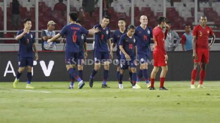 Federasi Sepak Bola Thailand (FAT) meminta bantu FIFA jelang bertemu Timnas Indonesia di Kualifikasi Piala Dunia 2022. - INDOSPORT