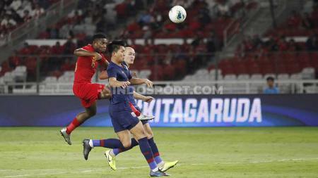 Pelatih PS Tira Persikabo, Rahmad Darmawan membela Osas Saha perihal tendangan penalti ke gawang Malaysia yang gagal. - INDOSPORT