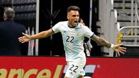 Lautaro Martinez mencetak hattrick saat melawan Meksiko dalam laga persahabatan, Rabu (11/09/19). - INDOSPORT