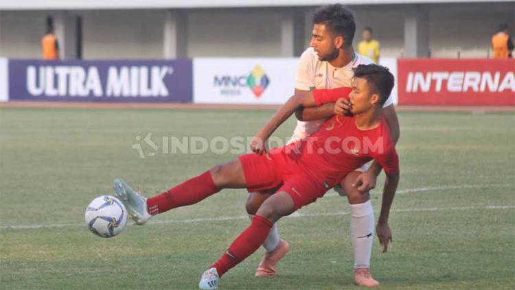 Laga pertandingan Timnas Indonesia U19 vs Iran di Stadion Mandala Krida, Yogyakarta, Rabu (11/09/19). Copyright: Ronald Seger Prabowo/INDOSPORT