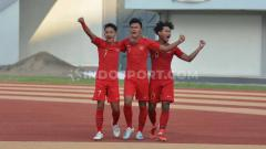 Indosport - Perkiraan Formasi Timnas U-19 Bersama Stefan Antonic, Duet Menara kokoh