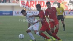 Indosport - Laga pertandingan Timnas Indonesia U19 vs Iran di Stadion Mandala Krida, Yogyakarta, Rabu (11/09/19).