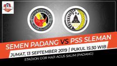 Indosport - Pertandingan Semen Padang vs PSS Sleman.