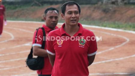 Pelatih kiper Bali United, I Made Kadek Wardana. - INDOSPORT