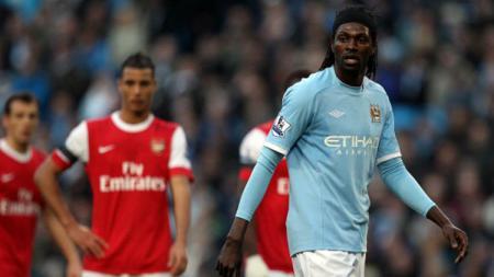 Eks bintang klub Liga Inggris Manchester City dan Arsenal, Emmanuel Adebayor, membeberkan alasannya enggan berdonasi untuk perangi virus corona - INDOSPORT
