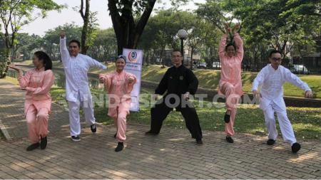Peringati World Health Qigong Day, Remanlay Institute bersama Dr. Tan gelar pelatihan Wu Qin Xi jenis Qigong yang bertempat di Discovery Park, Bintaro, Tangerang Selatan, pada Sabtu (14/9/19) - INDOSPORT