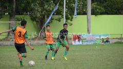 Indosport - Skuat PSMS Medan Junior berlatih di Stadion Kebun Bunga, Medan, Jumat (13/9/2019) sore, sebagai bentuk persiapan menuju Piala Soeratin U-17 zona Sumut.