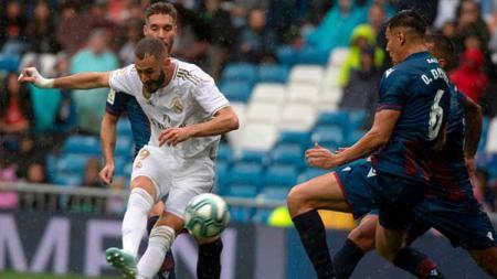 Pemain Levante yang juga pinjaman dari Real Madrid, Borja Mayoral sempat melakukan