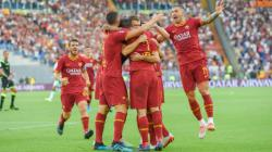 Selebrasi Aleksandar Kolarov dan kawan-kawan di laga Serie A Italia antara AS Roma vs Watford, Minggu (15/09/19)