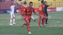 Indosport - Penyerang Kalteng Putra, Antoni Putro Nugroho berhasil direkrut PSS Sleman di jendela transfer paruh kedua Liga 1. Foto: Ronald Seger Prabowo/INDOSPORT