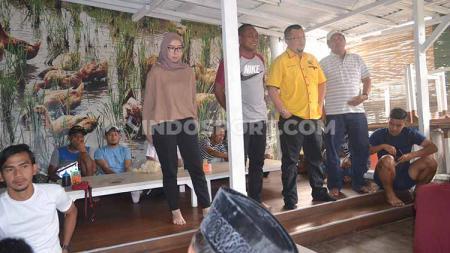 Manajer Sriwijaya FC Hendri Zainuddin mengajak pemain makan sepuasnya dan meningkatkan motivasi di 5 laga terakhir. - INDOSPORT