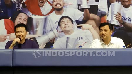 Christoper Tanuwidjaja dan Ming Sudarmono saat menggelar konferensi pers, di GOR CLS, Kertajaya. - INDOSPORT