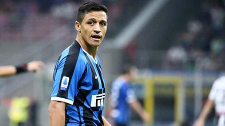 Raksasa sepak bola Serie A Liga Italia, Inter Milan, dikabarkan tidak akan mempermanenkan striker pinjaman mereka dari Manchester United, Alexis Sanchez. - INDOSPORT