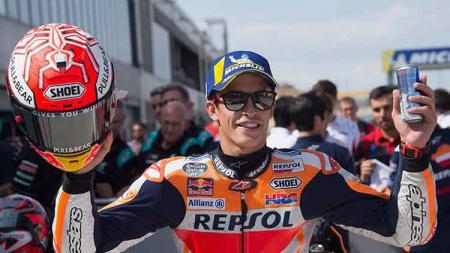 Marc Marquez berhasil keluar sebegai juara di MotoGP Aragon. - INDOSPORT