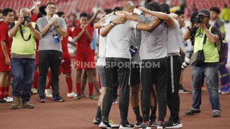 Timnas Indonesia U-16 saat merayakan keberhasilan lolos ke putaran final Piala Asia U-16 2020. - INDOSPORT