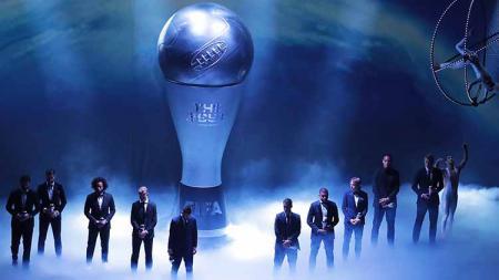 Didominasi oleh Liverpool dan Bayern Munchen, berikut adalah daftar lengkap para bintang sepakbola yang masuk ke dalam nominasi FIFA Football Awards 2020. - INDOSPORT