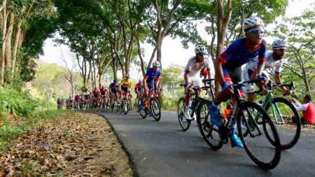 INDOSPORT.COM - Bertempat di Gunung Ijen, Jawa Timur pada 25-28 September 2019 mendatang akan digelar Tour de Banyuwangi Ijen (TdBI) 2019. - INDOSPORT