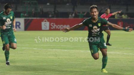Osvaldo Haay, salah satu penggawa Persebaya Surabaya siap bermain melawan PSS Sleman dalam laga Shopee Liga 1 Indonesia 2019 pekan ke-25. - INDOSPORT