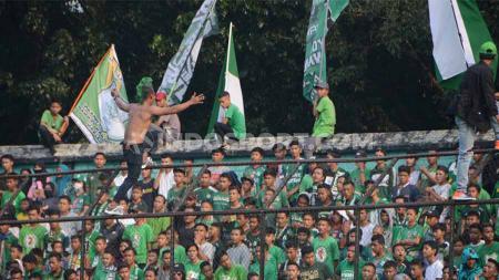 Setelah di laga terakhir Liga 2 2019 kontra Persiraja Banda Aceh menjadi tim musafir dengan main di Stadion Langsa, Aceh, PSMS Medan akhirnya bisa tampil di hadapan publik mereka sendiri. - INDOSPORT