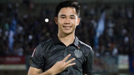 Pemain muda Timnas Thailand, Supachok Sarachat. - INDOSPORT