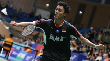 Shesar Hiren Rhustavito hadapi Jonatan Christie di babak pertama Fuzhou Open 2019. - INDOSPORT