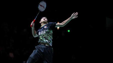 Pebulutangkis tunggal putra, Jonatan Christie masuk dalam nominasi deretan smes terbaik BWF di turnamen French Open 2019. - INDOSPORT