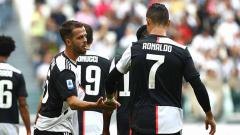 Indosport - Gelandang andalan Juventus, Miralem Pjanic, dilaporkan mengalami cedera ketika membela timnas Bosnia dalam laga Kualifikasi Euro 2020.